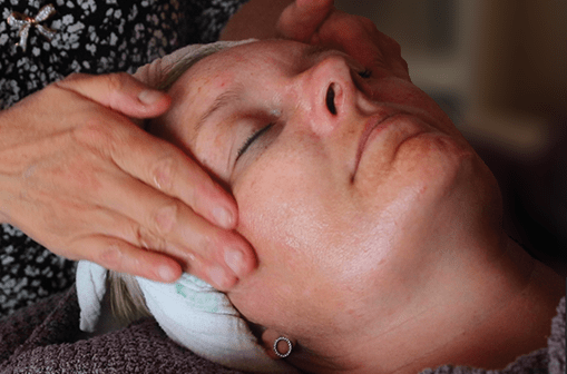 Japansk  lifting massage